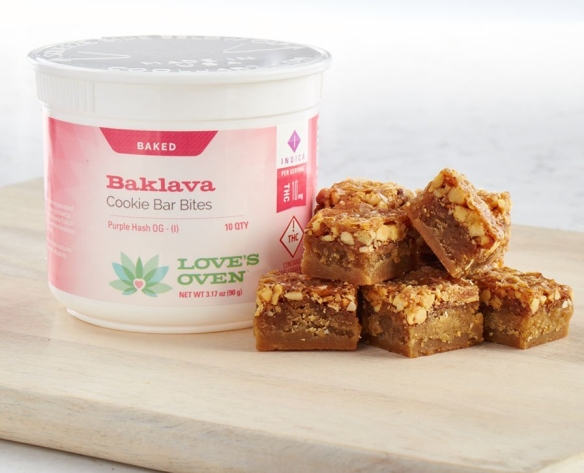 buddyboy-baklava-cookie-bar-bites-container.jpg